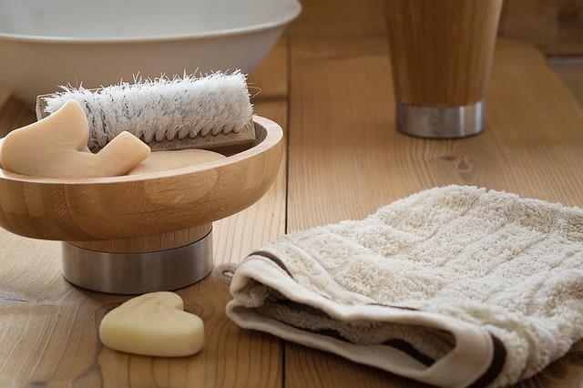 lavar cara piel grasa