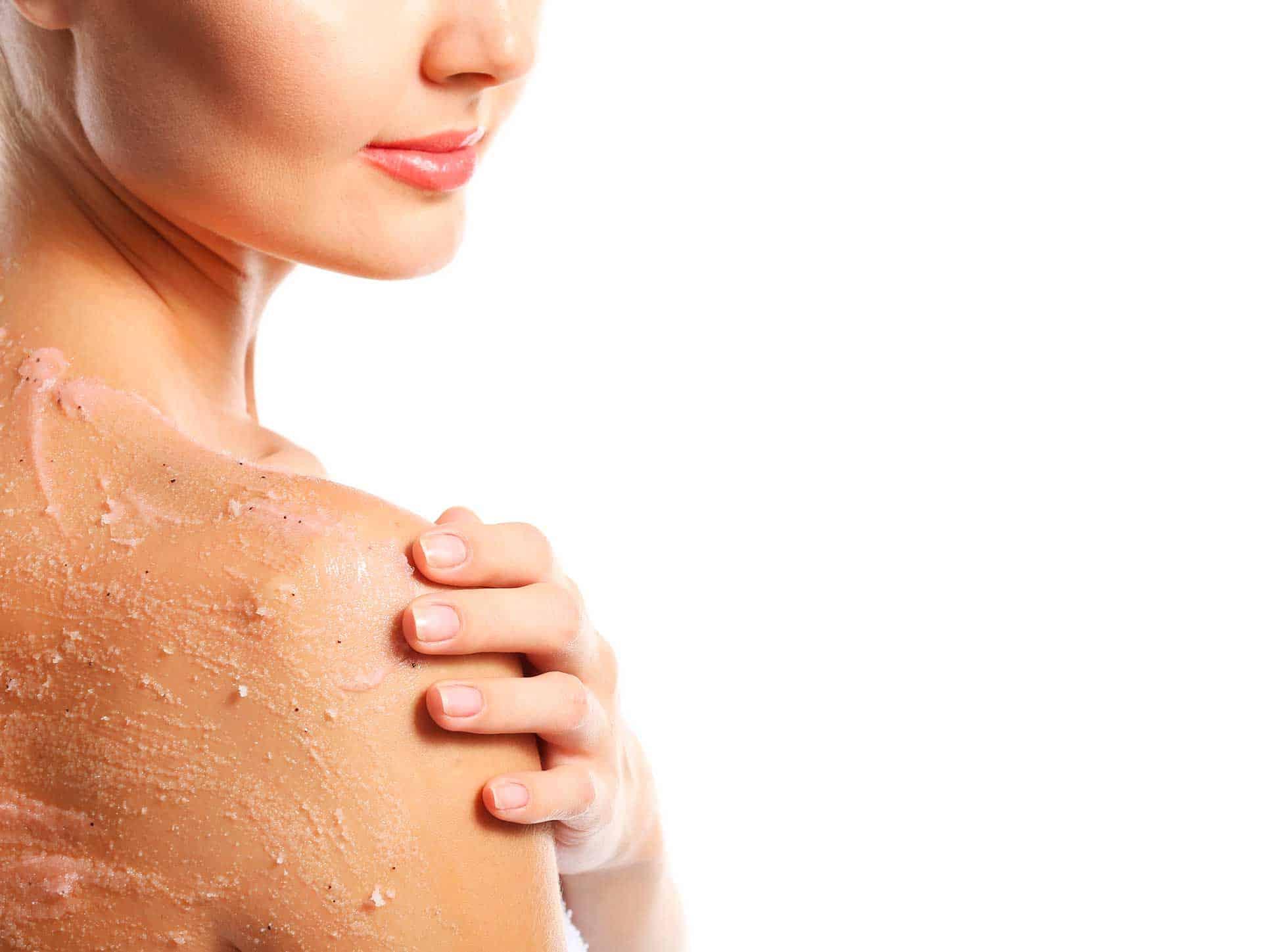 Renueva la piel tras el verano con piling corporales